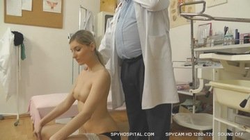 Sporty babe caught on hidden camera at gyno hospital