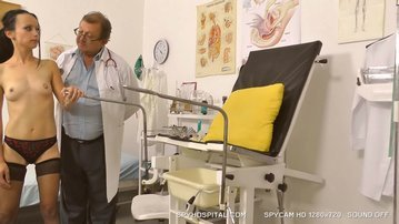 Petite babe full clinic exam at hospital hidden cam clip