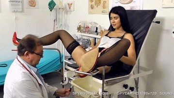 Hot stockings legs open on obgyn chair spy cam video