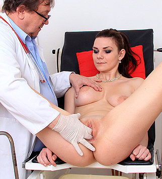 Tags: gyn, gynecology, medical, doctor, exam, hospital, speculum, open pussy, pussy spreader, brunette, role play