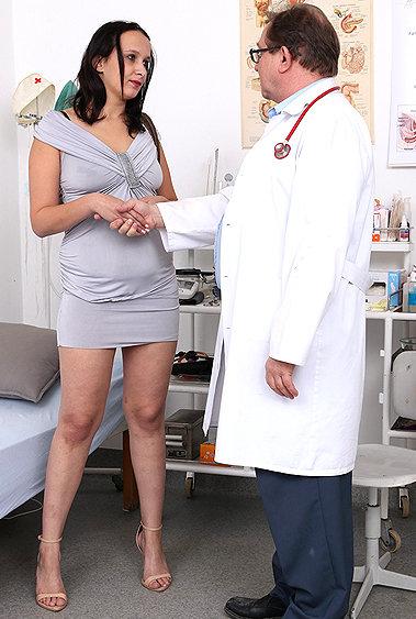 Bea gyno pussy exam video HD