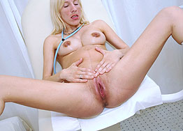 Sexy nurse Dana speculum play