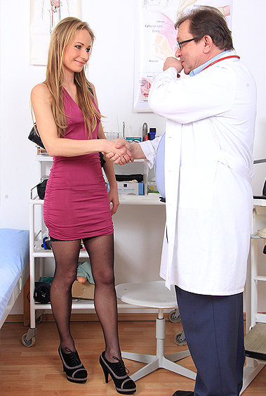 Daryl gyno pussy exam video HD