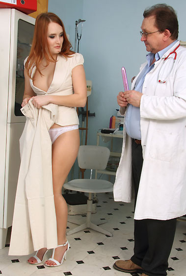 Denisa Heaven gyno pussy exam video HD