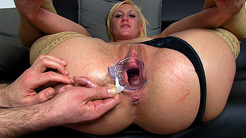 All internal big creampie inside her orgasmic pussy 8