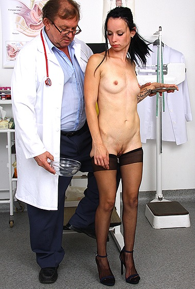 Dorotha gyno pussy exam video HD