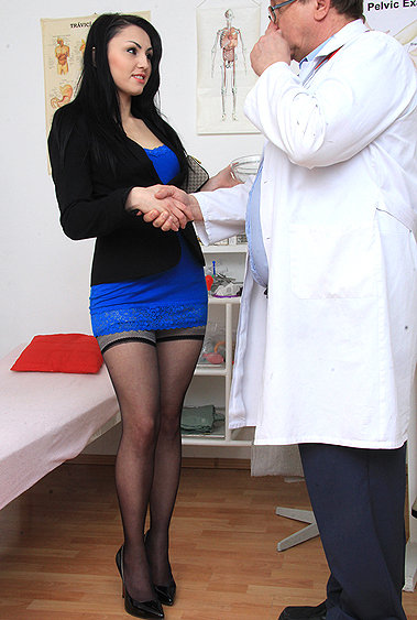 Greta gyno pussy exam video HD