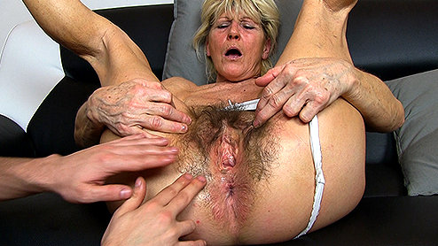 Circle jerk cumshot xhamster