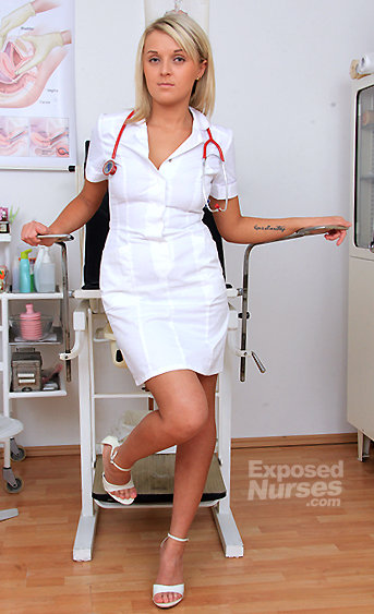 Naughty nurse Linda pussy spreading HD