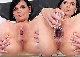 Sexy nurse Maggie Nessi speculum play