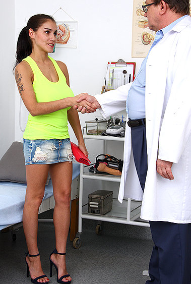 Mischel Lee gyno pussy exam video HD
