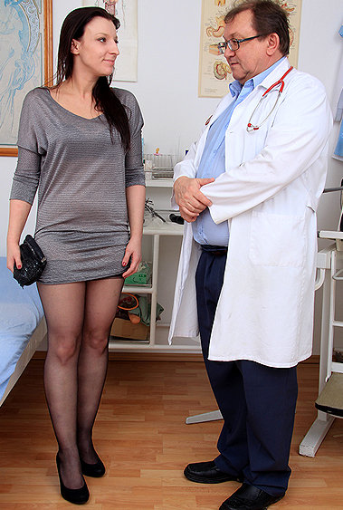 Morgan Moon gyno pussy exam video HD