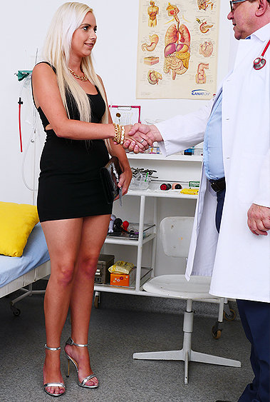 Olivia gyno pussy exam video HD