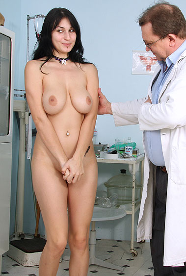 Roxy Taggart gyno pussy exam video HD