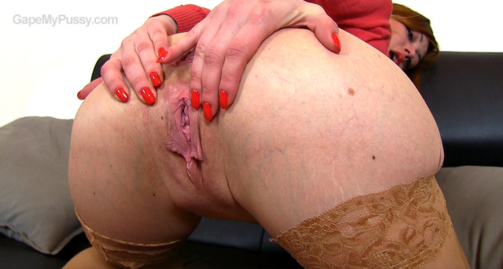 Sanie pussy gape HD video