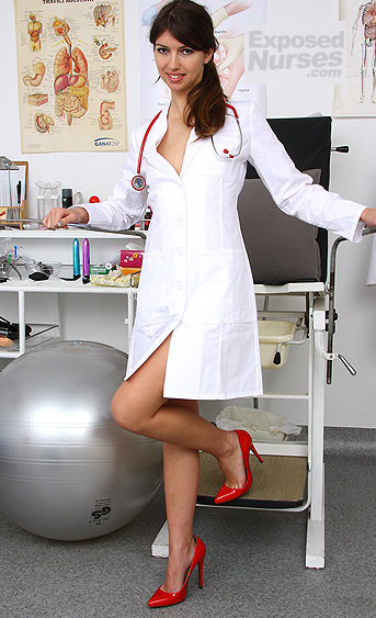 Naughty nurse Susan Ayn pussy spreading HD video