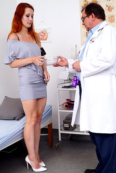 Xenia gyno pussy exam video HD