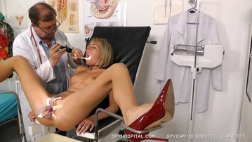 Blonde babe throat and twat check-up on spy cam