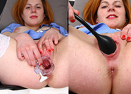 Sexy nurse Claudia speculum play